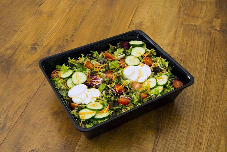 verse salades, saladebar, rauwkost salades, toastsalades